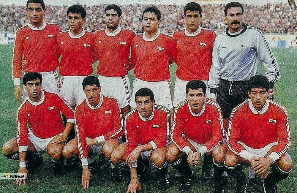 egypt-1986-adidas-home-kit-red-white-black-line-up.jpg