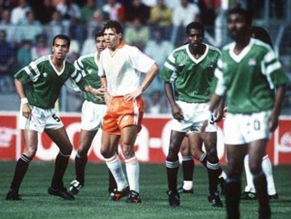 egypt-1990-adidas-world-cup-away-kit-green-white-black.jpg
