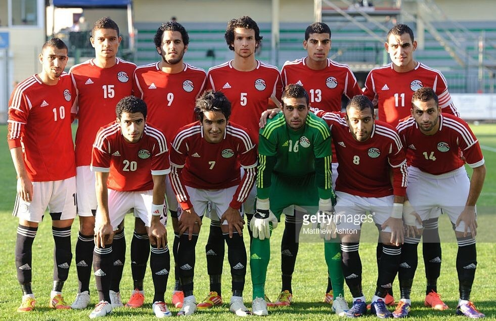 egypt-2012-adidas-u23-home-kit-red-black-black-line-up.jpg