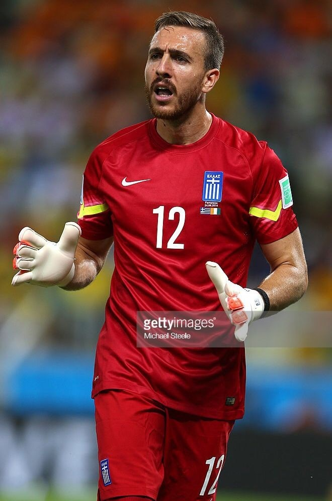 greece-2014-nike-gk-kit-red-red-red.jpg