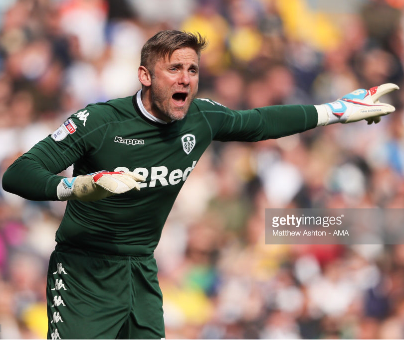 leeds-united-2016-17-kappa-gk-home-kit.png