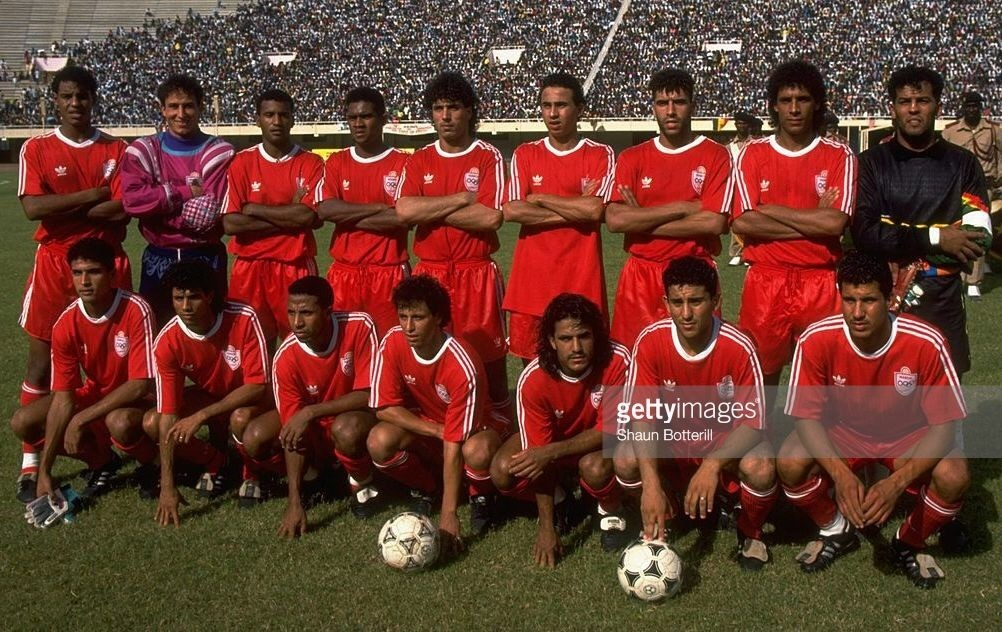 morocco-1993-adidas-home-kit-red-red-red-line-up.jpg