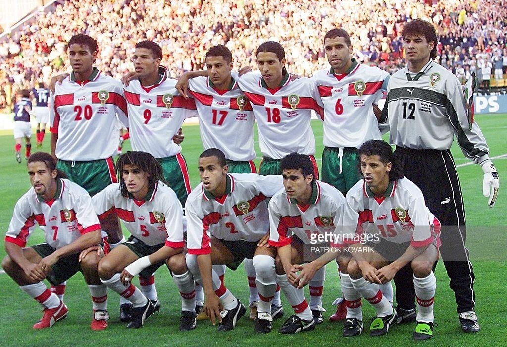 morocco-1998-puma-world-cup-away-kit-white-green-white-line-up.jpg