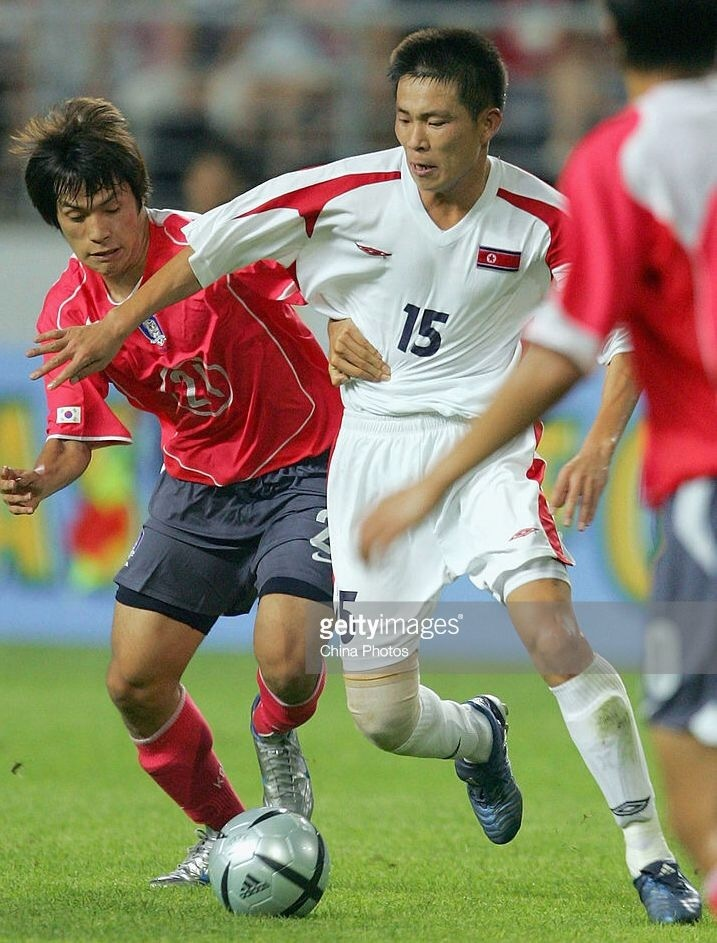 north-korea-2005-umbro-away-kit-white-white-white.jpg