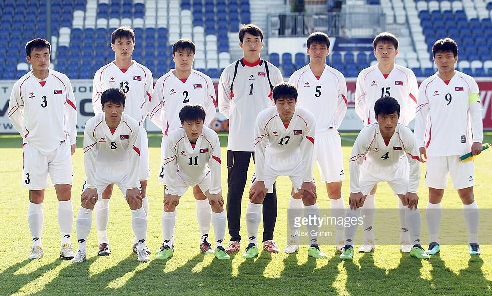 north-korea-2010-astore-away-kit-white-white-white-line-up.jpg