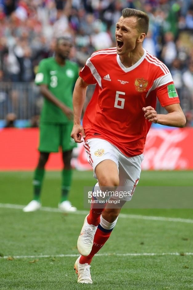russia-2018-adidas-world-up-home-kit-red-white-red-denis-cheryshev-a.jpg