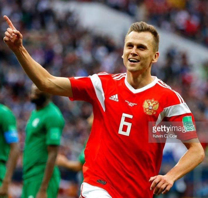 russia-2018-adidas-world-up-home-kit-red-white-red-denis-cheryshev-c.jpg