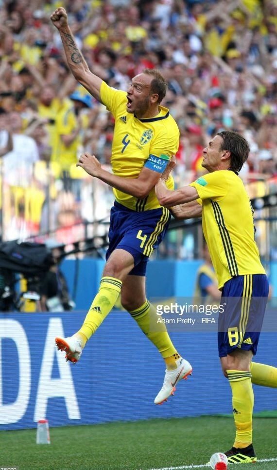 sweden-2018-adidas-world-cup-home-kit-yellow-blue-yellow-joy.jpg