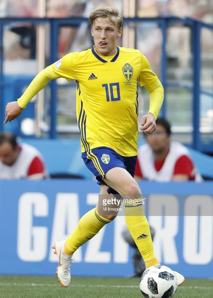 sweden-2018-adidas-world-cup-home-kit-yellow-blue-yellow.jpg