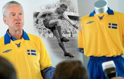 sweden_umbro_wc58_anniverary_kit2.jpg