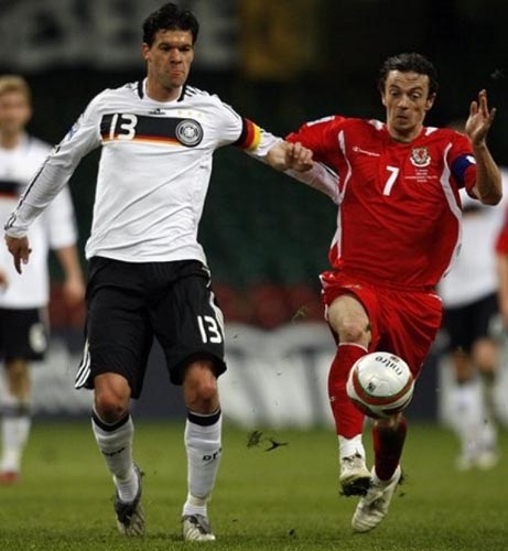 090401Wales0-2Germany.JPG