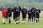 England-10-UMBRO-training-black-2.JPG