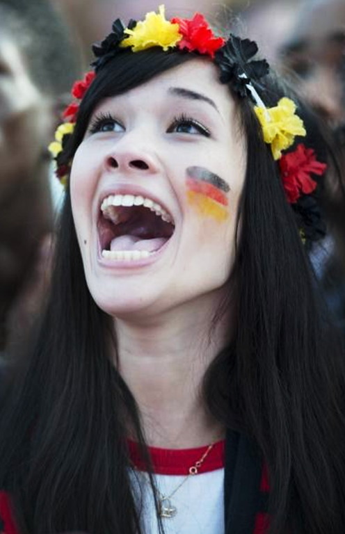 Germany-fans-2012-4.jpg