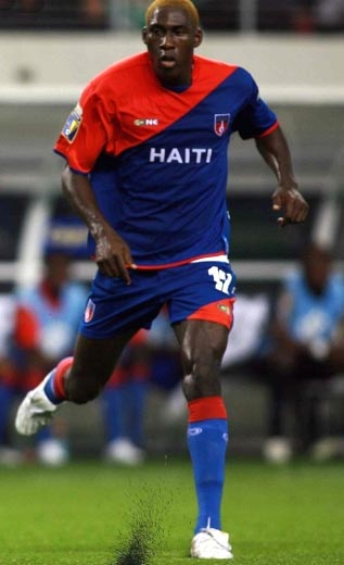 Haiti-09-Plus One-home-kit-red-blue-blue.JPG