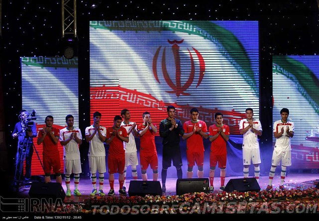 Iran-2014-uhlsport-world-cup-home-and-away-kit-2.jpg