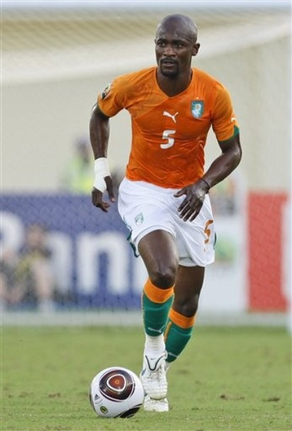Ivory Coast-10-11-PUMA-home-kit-orange-orange-orange-0111.jpg