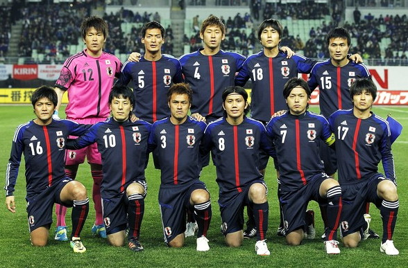Japan-12-13-adidas-home-kit-deep blue-deep-blue-deep blue-pose.jpg