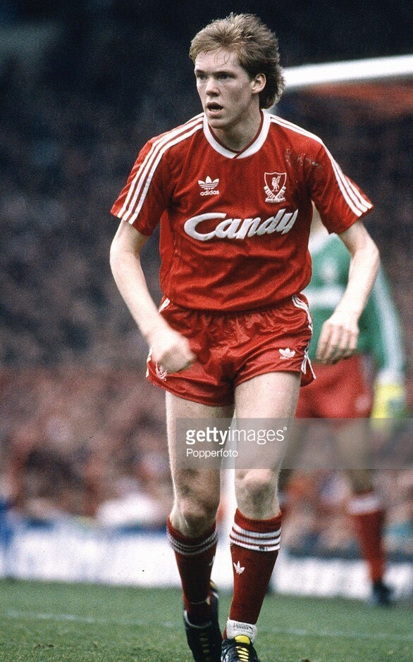 Liverpool-1988-89-adidas-home-kit.jpg