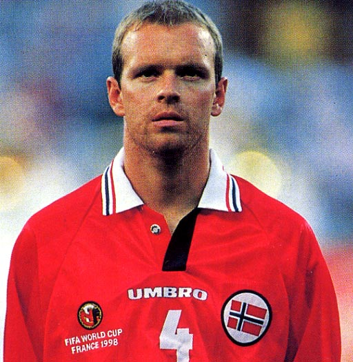 Norway-98-UMBRO-Competition_logo.JPG
